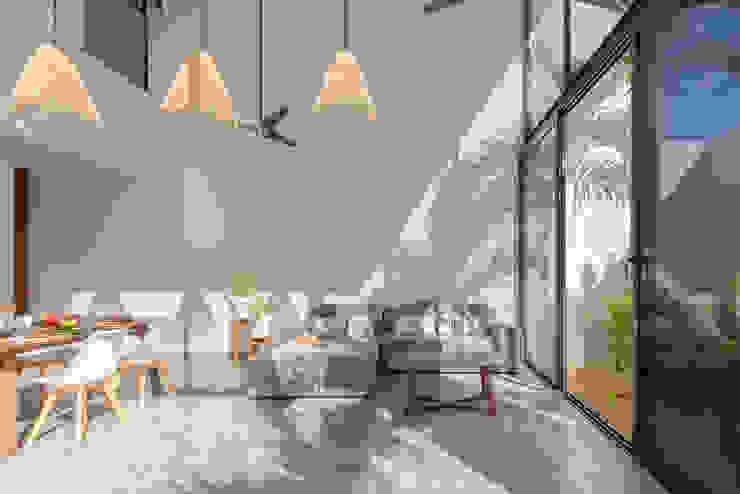 CRISTAL HOUSES de CO-TA ARQUITECTURA Moderno Concreto