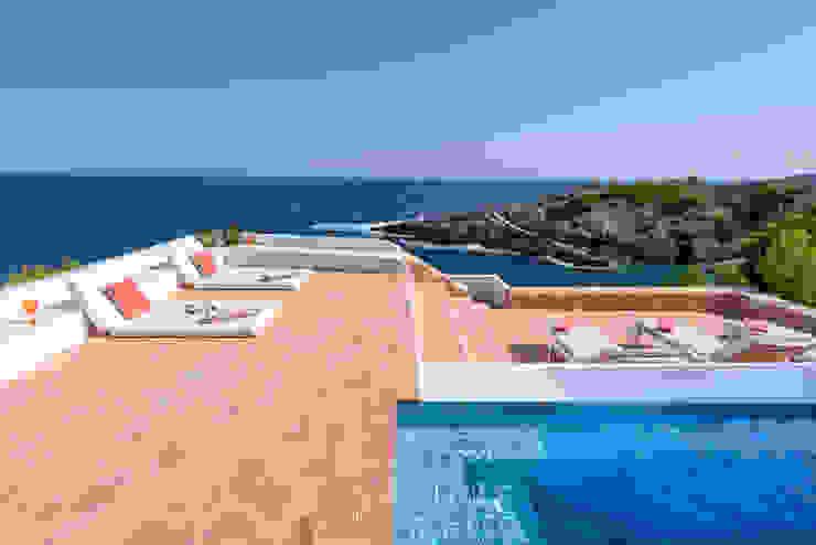 Mediterranean style pool by Estatiba construcción, decoración y reformas en Ibiza y Valencia Mediterranean