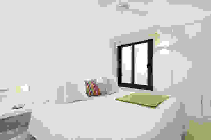 Mediterranean style bedroom by Estatiba construcción, decoración y reformas en Ibiza y Valencia Mediterranean