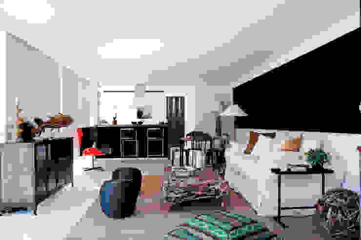 Living Livings de estilo moderno de INFINISKI Moderno