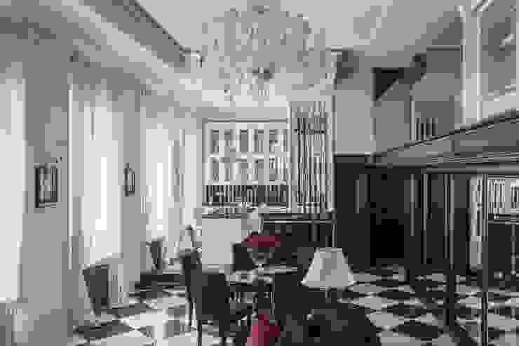 LUMI Salas de estilo clásico