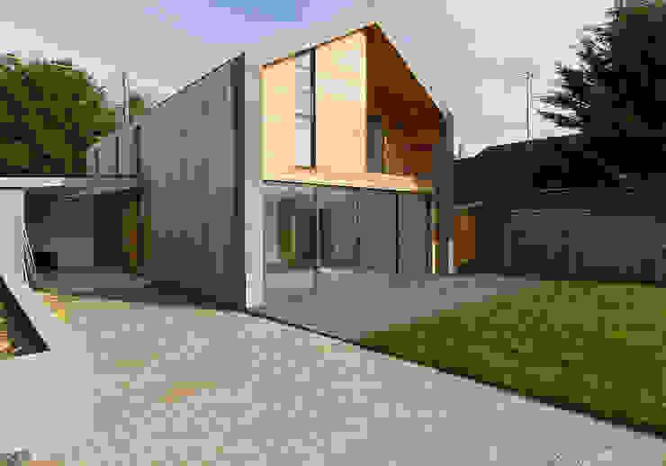 New Build Canal Side Home in Berkhampstead Rumah Modern Oleh Designcubed Modern