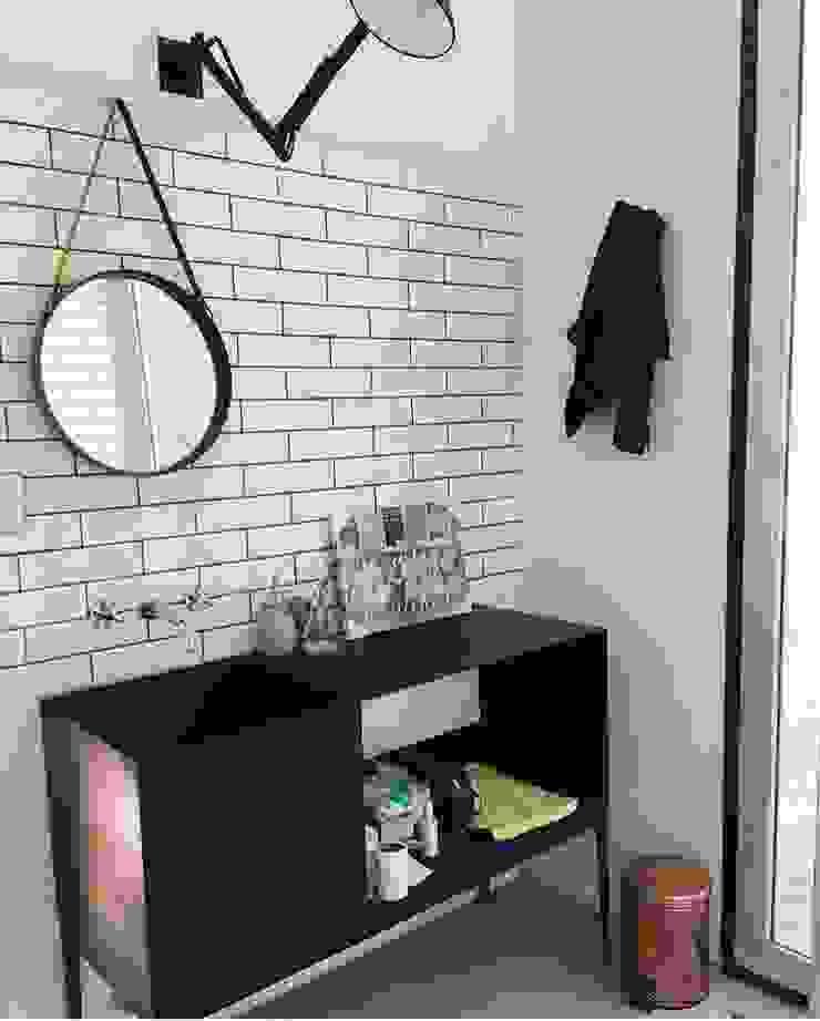 Industrial style bathroom by INFINISKI Industrial