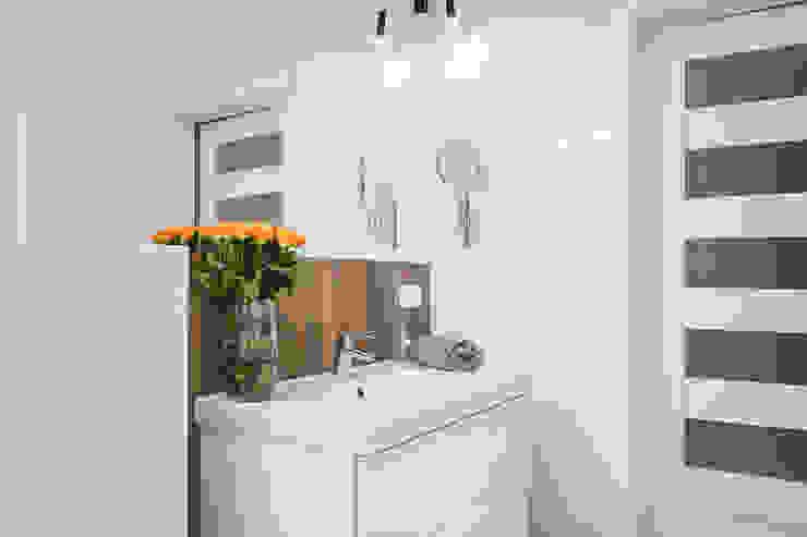 Łazienka w stylu industrialnym. Industrialna łazienka od Justyna Lewicka Design Industrialny Ceramiczny