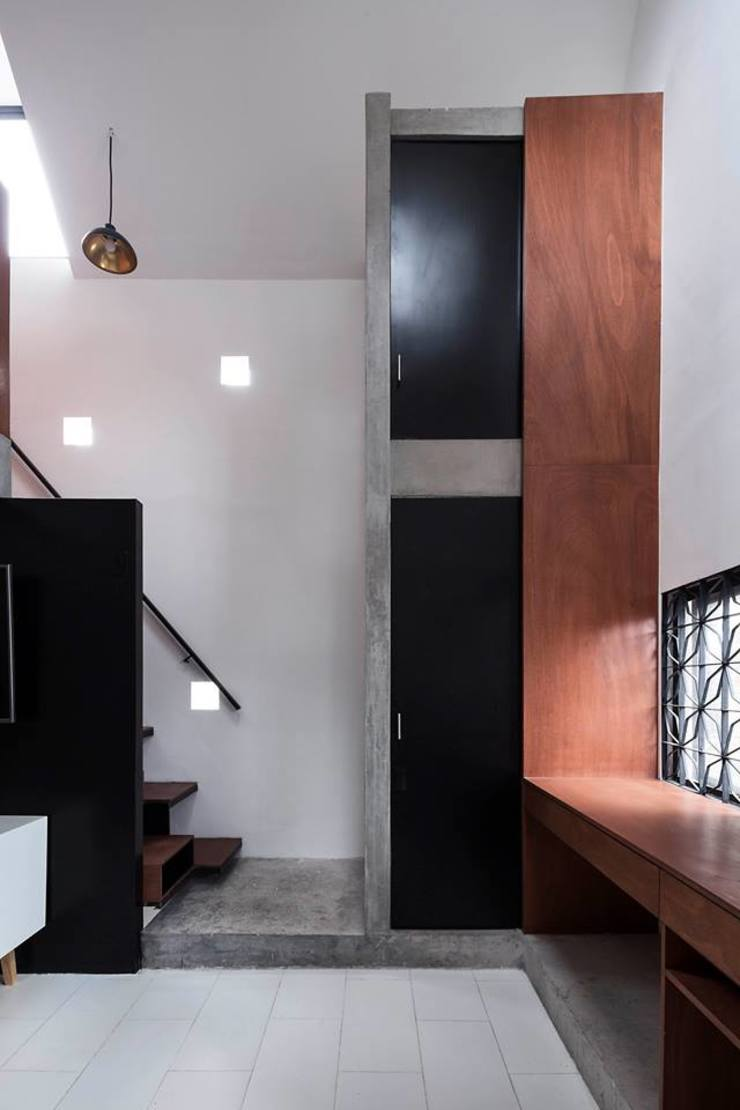 Brenno il mobile pintu kayu Kayu Black