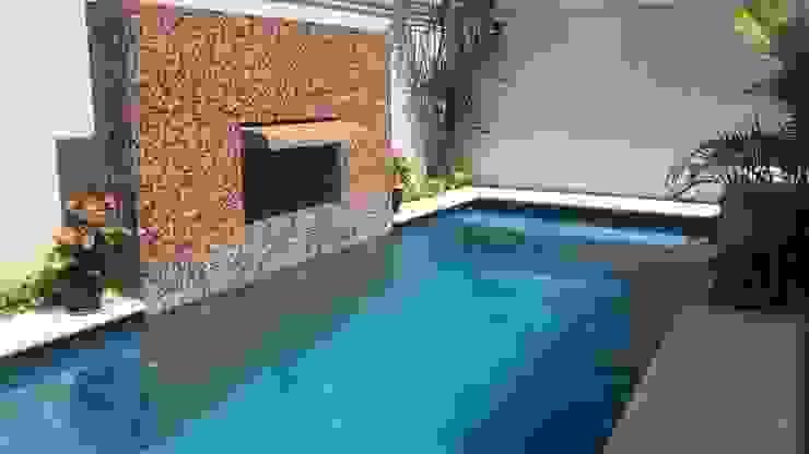 Vista Lateral de Arq Eduardo Galan, Arquitectura y paisajismo Tropical