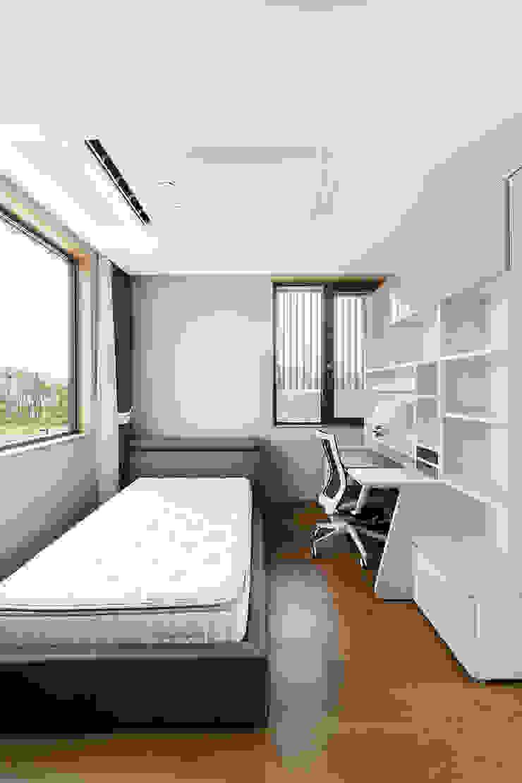 삼마당 집 모던스타일 미디어 룸 by 명작건축사사무소 모던