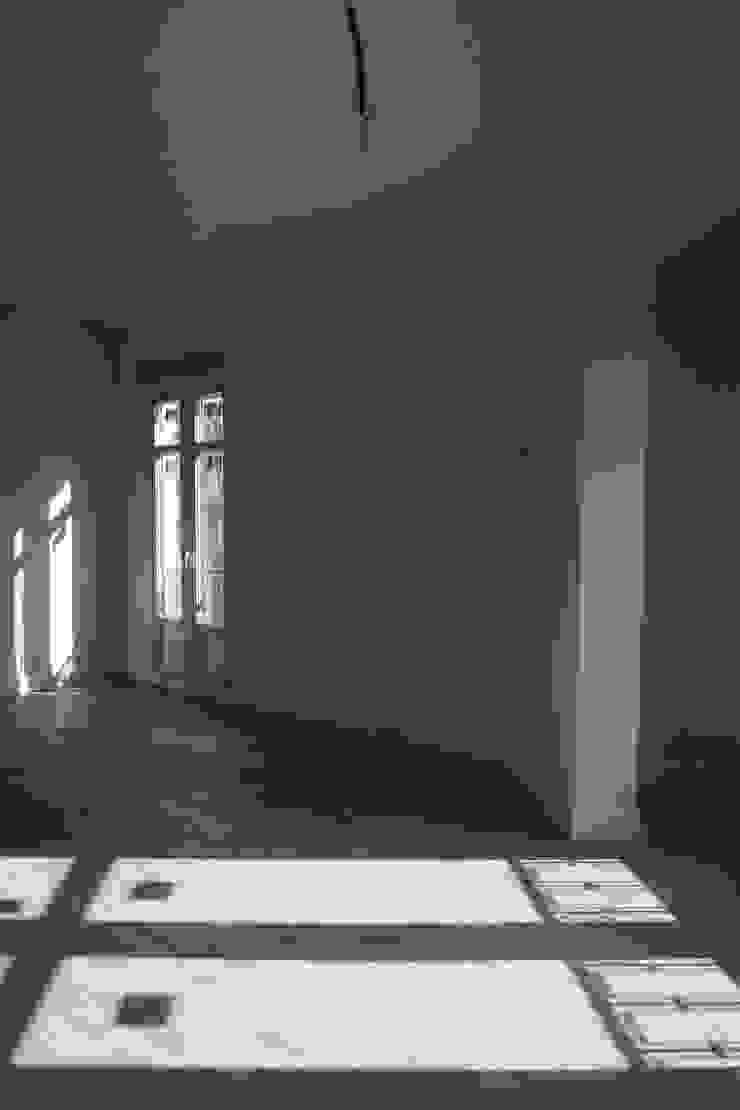 Reformadisimo Salas de estilo moderno