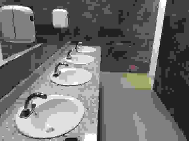 Griferia Eficiente de Sensor Ahorradora Baños de estilo minimalista de End International Minimalista Aluminio/Cinc