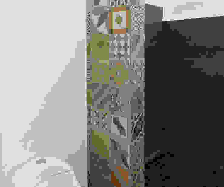 Phòng tắm phong cách tối giản bởi EVA Arquitectos SAS Tối giản