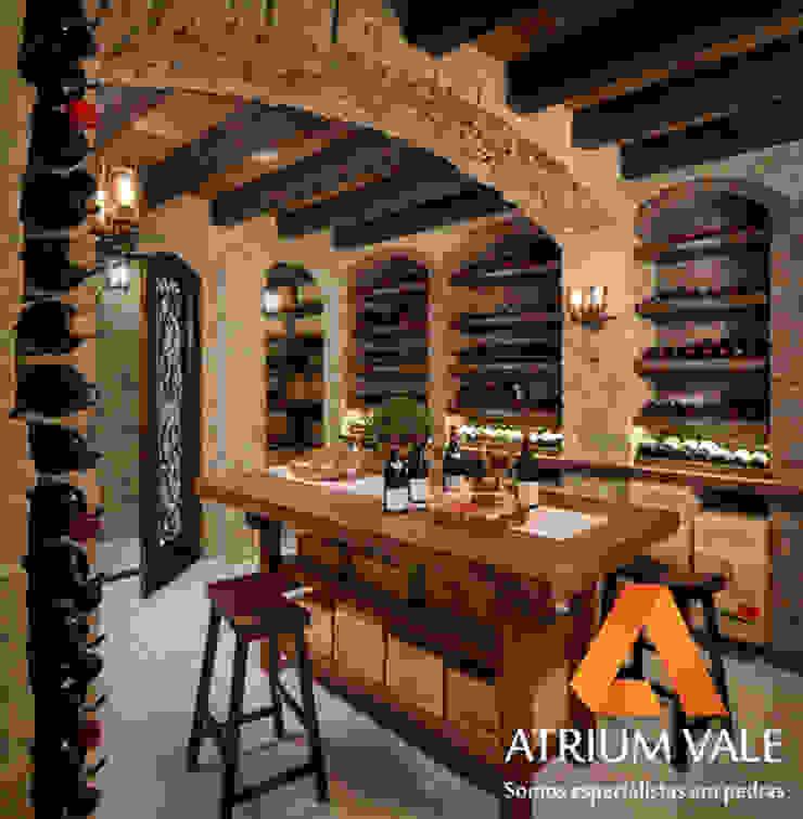 من Atrium Vale Pedras e Projetos كلاسيكي حجر