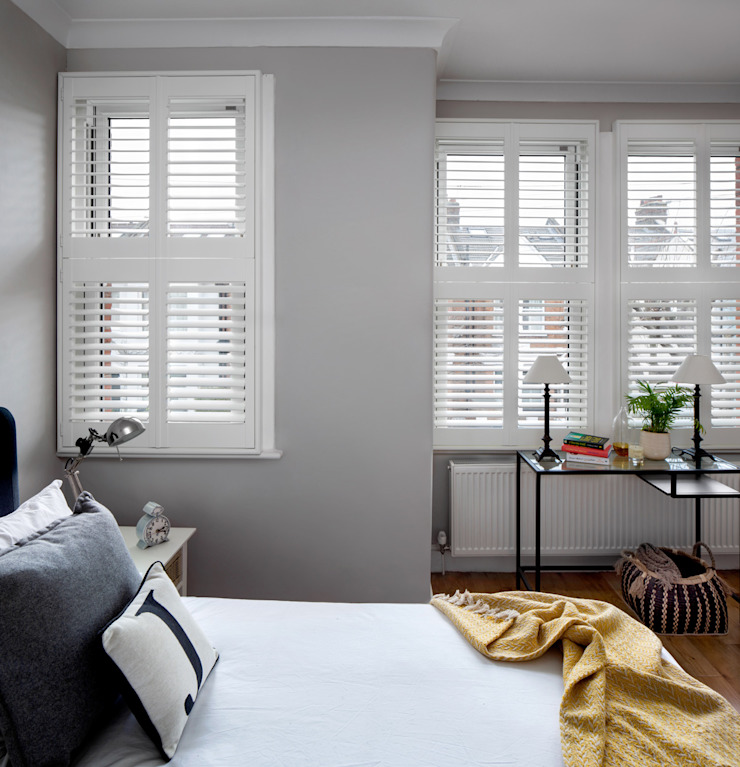 A Modish home in Southfields Plantation Shutters Ltd Small bedroom Solid Wood White