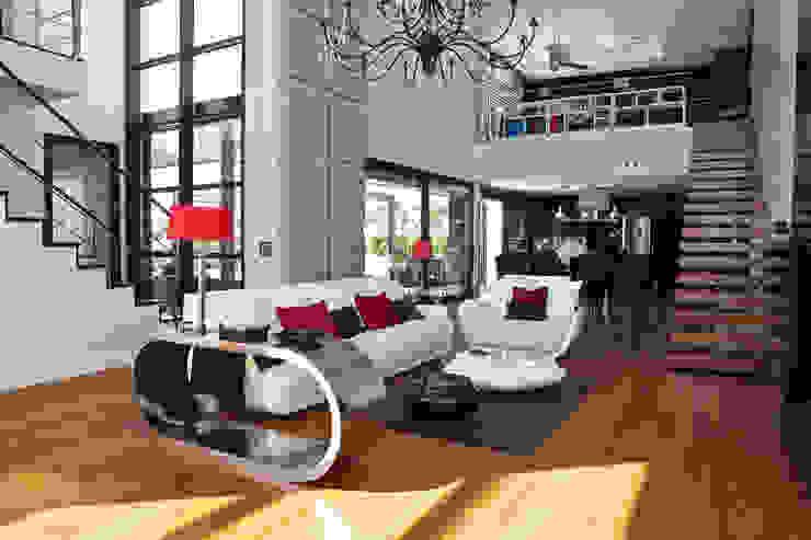 homify Salones de estilo moderno Blanco
