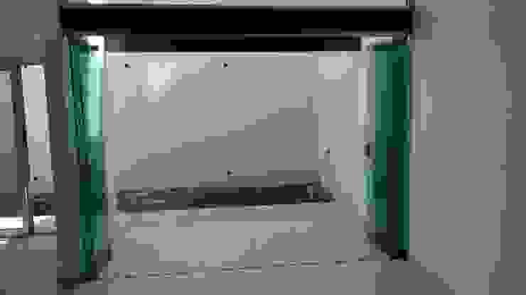 SISTEMA PLEGADIZO EN SALA Salones minimalistas de TRASSO ATELIER Minimalista