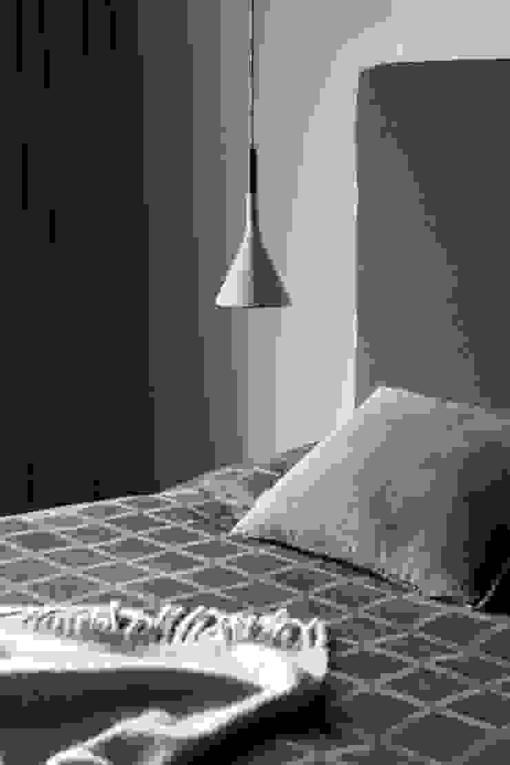 Rozenburglaan Moderne slaapkamers van Studio Mariska Jagt Modern