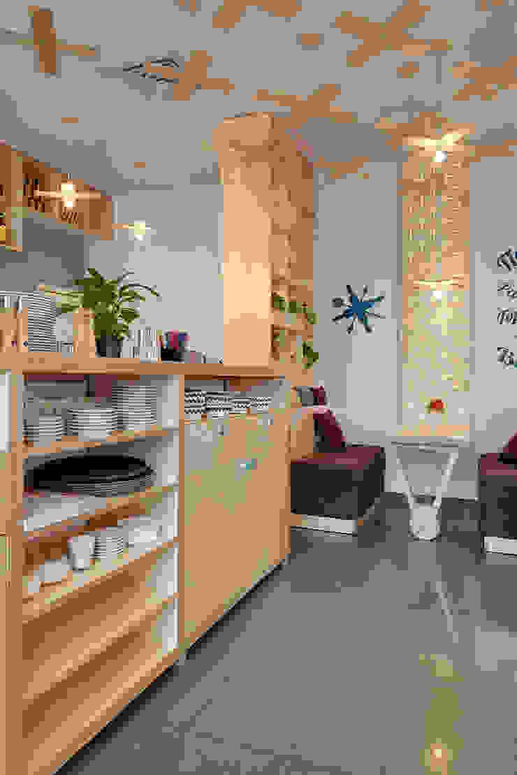Bares y clubs de estilo moderno de YUDIN Design Moderno