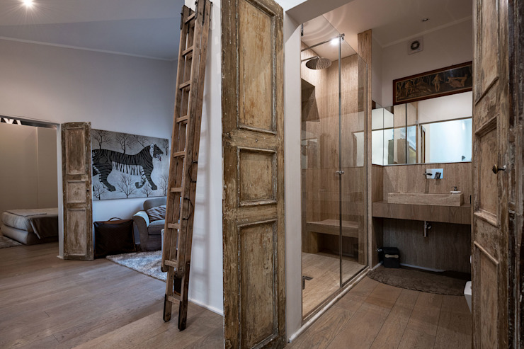 Industrial style bathrooms by GIAN MARCO CANNAVICCI ARCHITETTO Industrial