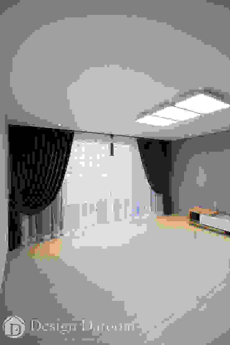 인창동 래미안 33py 거실 모던스타일 복도, 현관 & 계단 by Design Daroom 디자인다룸 모던