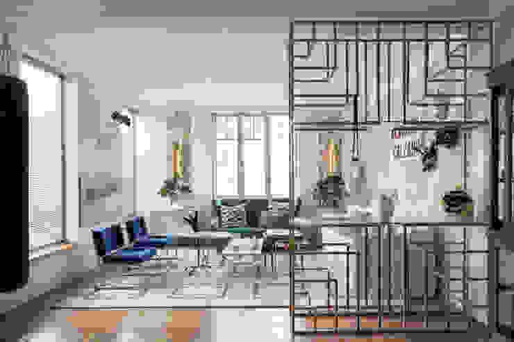 Diseño y decoración de un salón moderno en Madrid Salones de estilo moderno de Guille Garcia-Hoz, interiorismo y reformas en Madrid Moderno Madera Acabado en madera