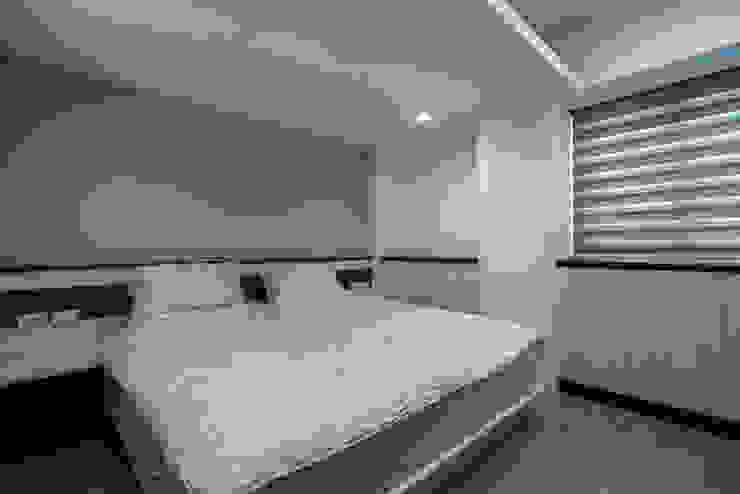 給老建築新生命的改造工程 根據 富亞室內裝修設計工程有限公司 簡約風 MDF