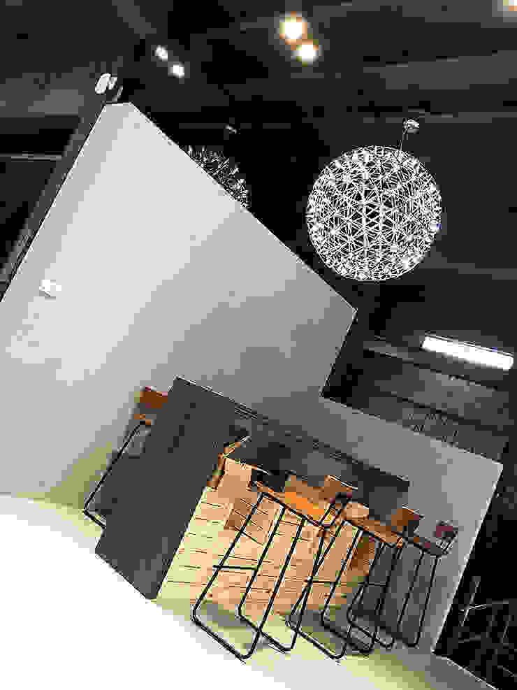 美好關係x勁德汽車 業傑室內設計 商業空間 水泥 Grey