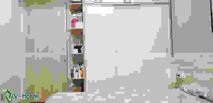 Tủ quần áo cánh trượt: hiện đại  by Công ty CP tư vấn thiết kế và xây dựng V-Home, Hiện đại