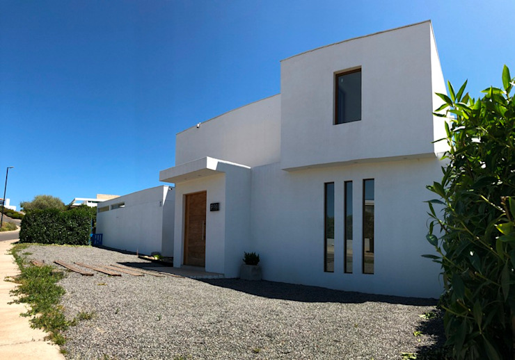 Mediterranean style house by Camps Arquitectura Mediterranean Reinforced concrete