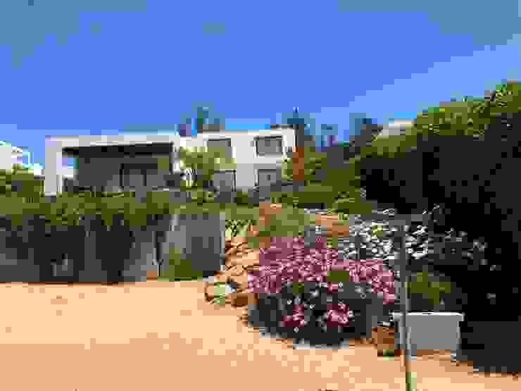 Casa K-16 _ Marbella. de Camps Arquitectura Mediterráneo Concreto
