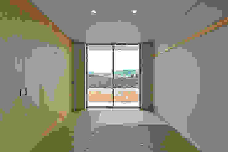 Modern Bedroom by プラソ建築設計事務所 Modern