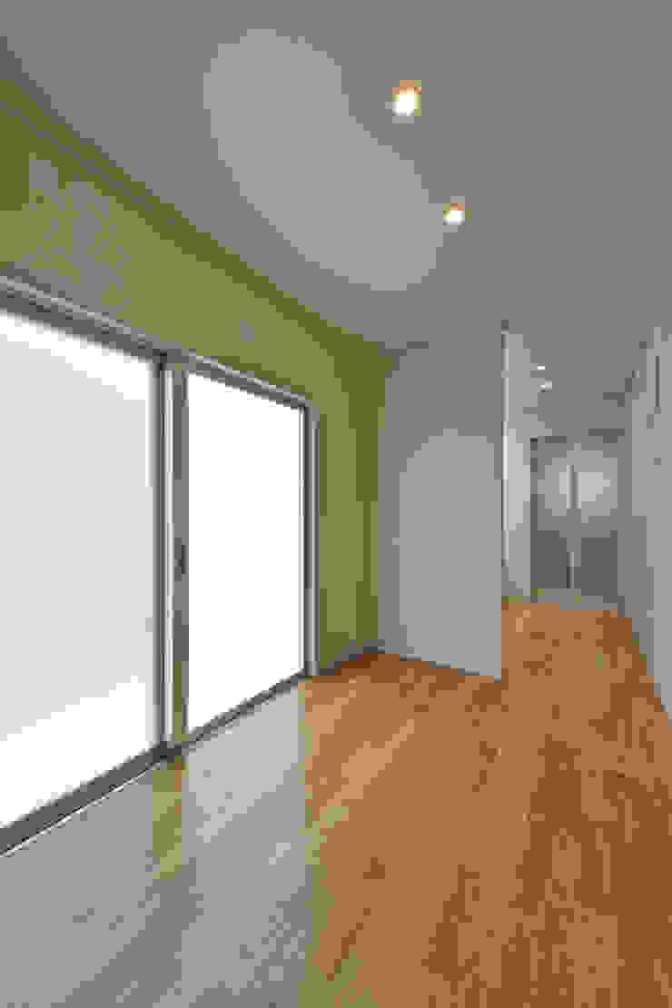 Modern Conservatory by プラソ建築設計事務所 Modern