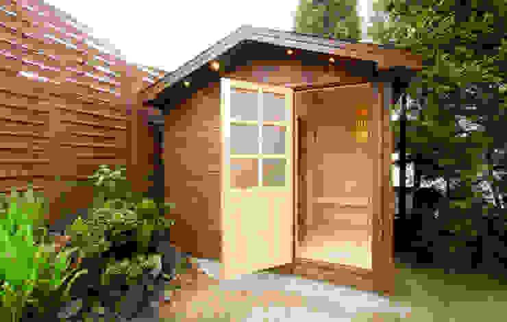 Zewnętrzna sauna ze świerku skandynawskiego Safin Nowoczesny ogród