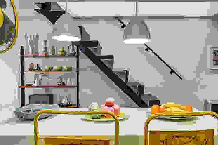 Escaleras Metálicas diseñas a medida. Decorando tu espacio - interiorismo y reforma integral en Madrid. CocinaEncimeras Cerámico Amarillo