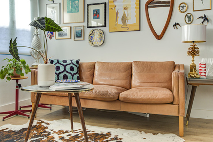 sofa cuero decoración salones. Decorando tu espacio - interiorismo y reforma integral en Madrid. SalasAccesorios y decoración