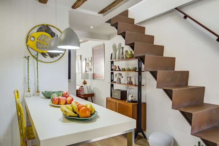 Stairs by Decorando tu espacio - interiorismo en Madrid., Industrial
