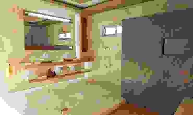 Remodelacion de Casa Habitación en Sonora OLLIN ARQUITECTURA: Baños de estilo  por OLLIN ARQUITECTURA , Moderno