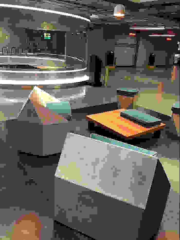 Estacionamiento Reforma 180 Pasillos, vestíbulos y escaleras modernos de BODIN BODIN ARQUITECTOS Moderno