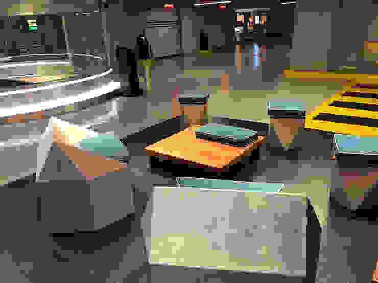 Estacionamiento Reforma 180 BODIN BODIN ARQUITECTOS Pasillos, vestíbulos y escaleras modernos