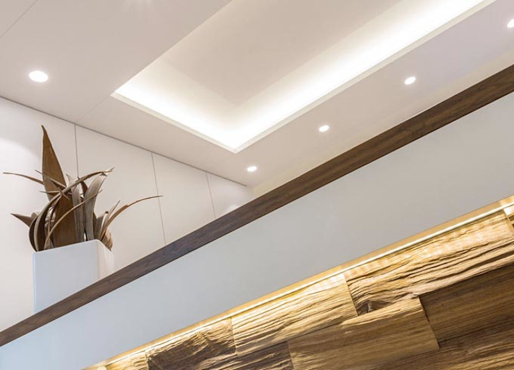 zon Eichen - Handwerk und Interior Cliniques classiques Blanc