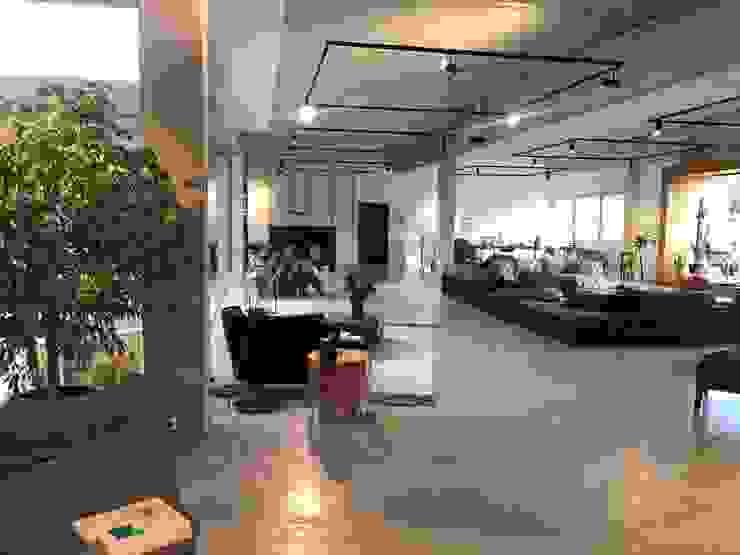 Der Showroom von zon Eichen - Handwerk und Interior