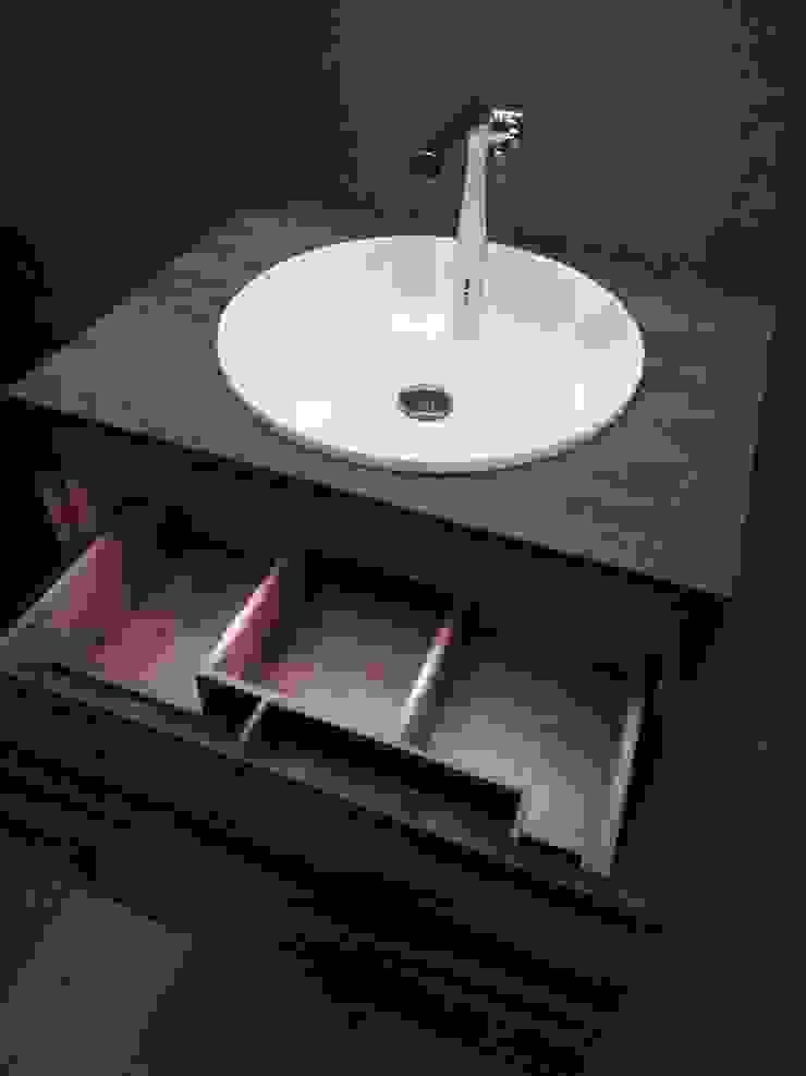 Asian style bathrooms by DAS BADEZIMMER-RHEIN-MAIN Asian