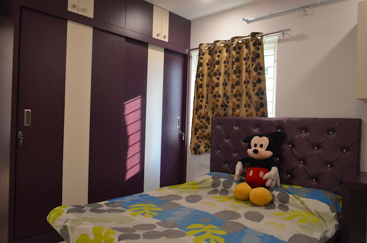 Nursery/kid's room by Vdezin Interiors