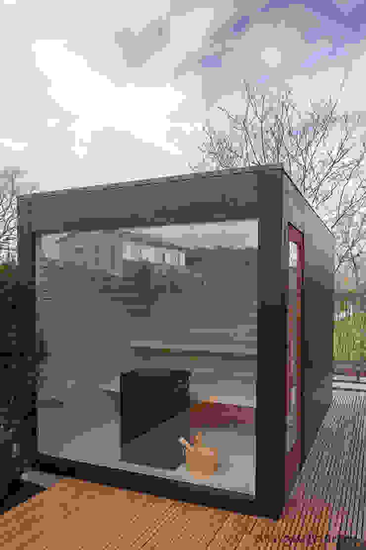design@garten - Alfred Hart - Design Gartenhaus und Balkonschraenke aus Augsburg ซาวน่า ไม้ผสมพลาสติก Black