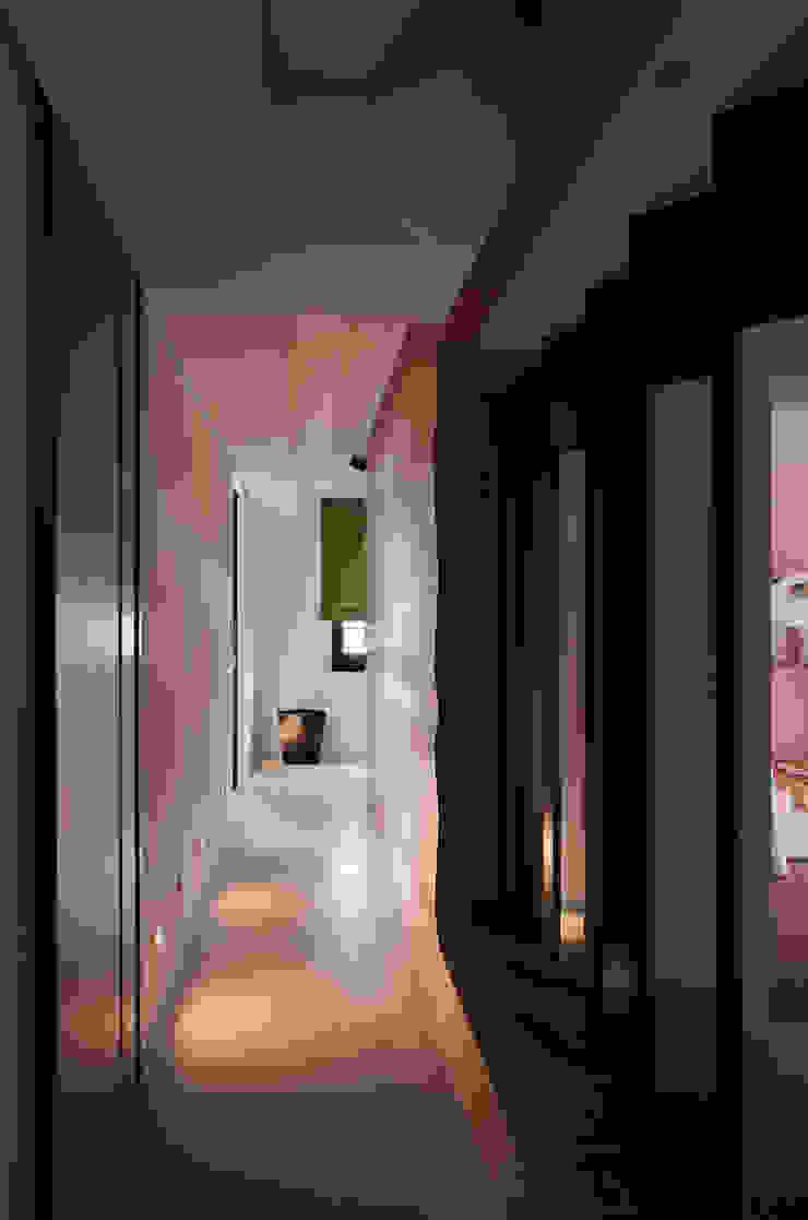 風雅木意 亞洲風玄關、階梯與走廊 根據 邑舍室內裝修設計工程有限公司 日式風、東方風
