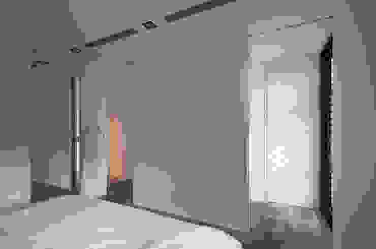 Cuartos industriales de 邑舍室內裝修設計工程有限公司 Industrial
