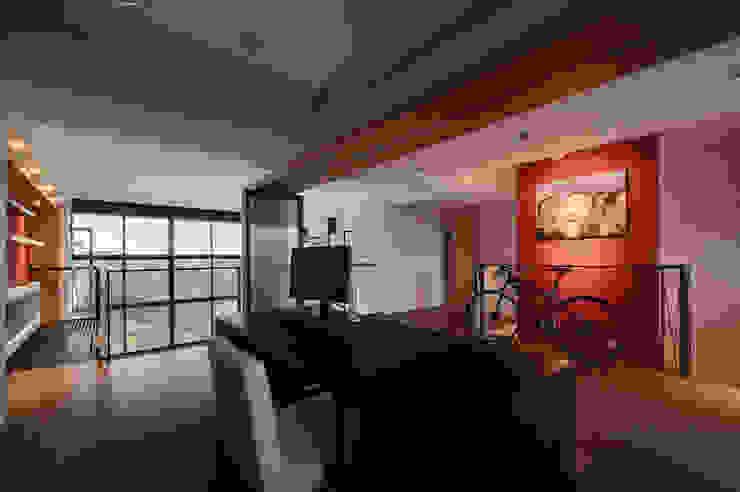 跳脫框架 根據 邑舍室內裝修設計工程有限公司 現代風