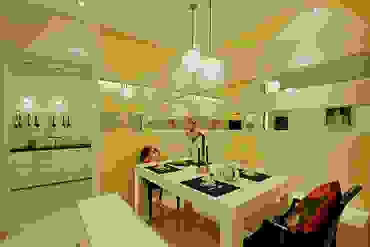 Residential Interior Designers in Pune Olive Interiors 餐廳椅子與長凳