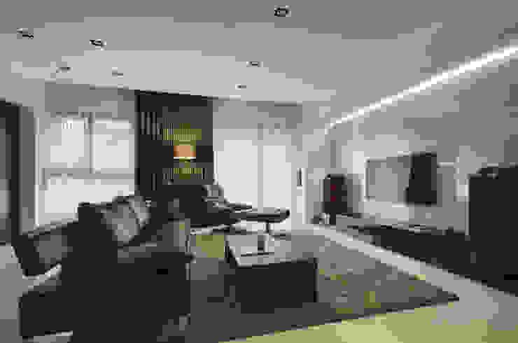 沉穩大器 现代客厅設計點子、靈感 & 圖片 根據 邑舍室內裝修設計工程有限公司 現代風