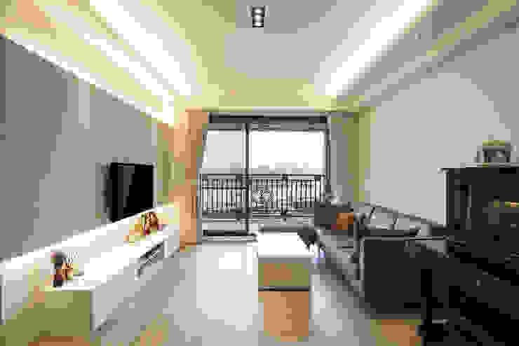 北歐生活-悅河觀景 富亞室內裝修設計工程有限公司 客廳 強化水泥 Grey
