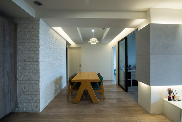 北歐生活-悅河觀景 富亞室內裝修設計工程有限公司 餐廳 複合木地板 Brown