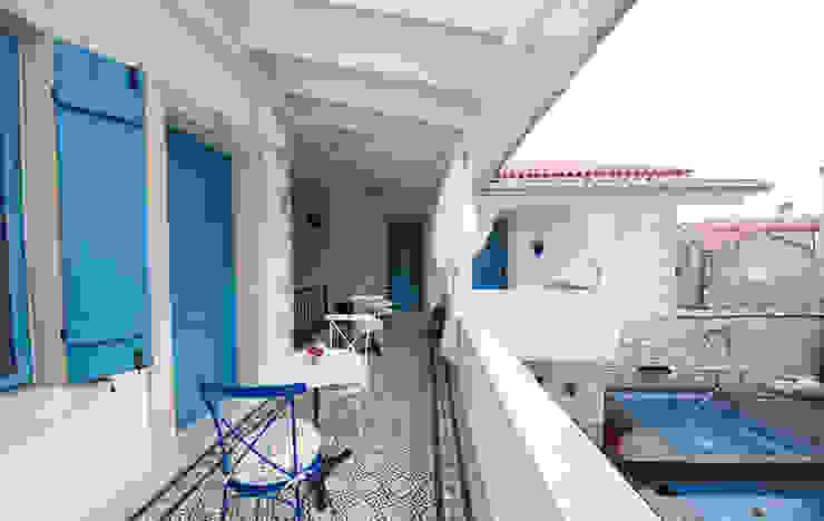 Hotel in Alacati by KAROİSTANBUL KAROİSTANBUL Balcon Tuiles